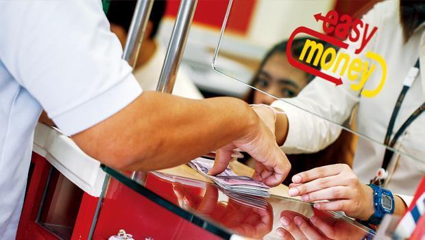 東南亞當鋪業者提供到府收件及線上典當品買賣等,招攬年輕客層。