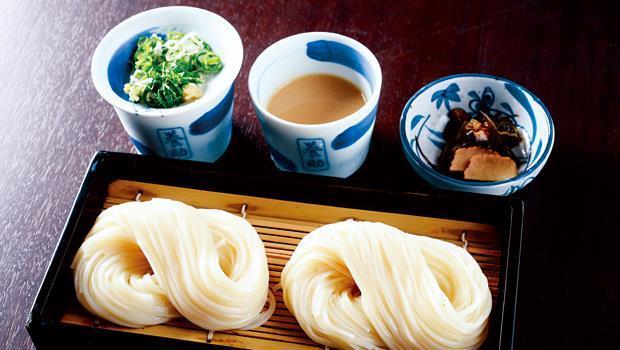 烏龍麵也分流派,從麵體粗細到口感都有所不同。