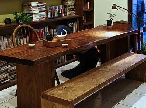四口之家,買沙發不如換張大餐桌 - 商業周刊
