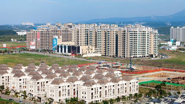 淡海新市鎮是新北市近年推案量成長最快的區域之一,但生活機能未到位,升息可能造成賣壓。