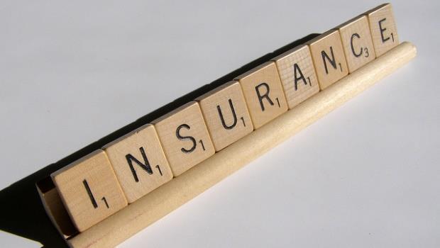 越窮越要買保險,該如何買才負擔得起? - 商業周刊