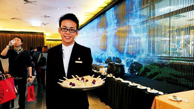 大陸知名餐廳俏江南,雖有明星大S光環加持,仍無法收買台灣民眾的胃。