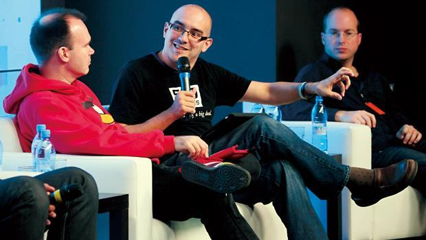 500 Startups創辦人戴夫.麥庫爾(圖中)