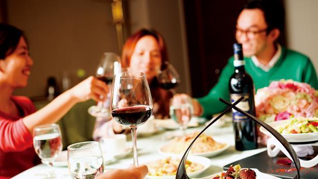 我們餐桌時常出的台菜該怎麼搭葡萄酒,屬於進階版考題。