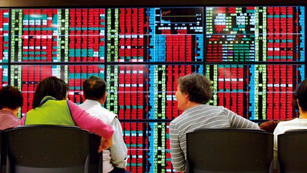 今年161檔個股創新高,沒壓對寶的投資人在換股潮中還有機會賺到大紅包。