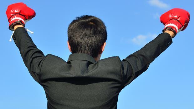 「中等生」崛起!少子化、人才外流...30歲的你,不必出色,也能進大企業領高薪 - 商業周刊