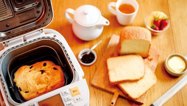 麵包機最大的優點,就是只要在睡前將材料投入,設定好預約時間,隔天就能在麵包香氣中醒來。