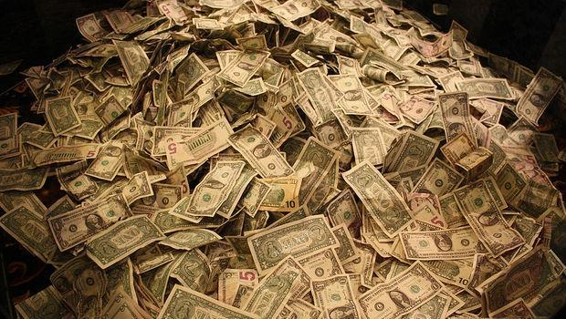 大學生:快畢業了,我現在進金融業能賺大錢嗎?