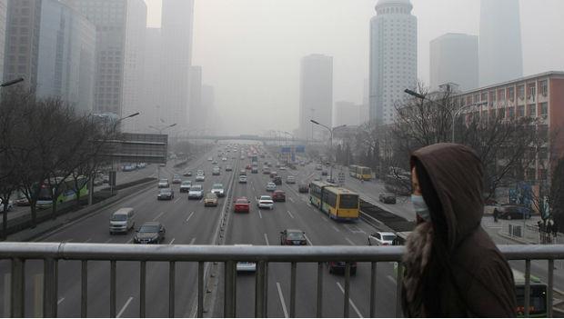 台灣該放「空污假」!空氣太髒會害老人失智、小孩變笨