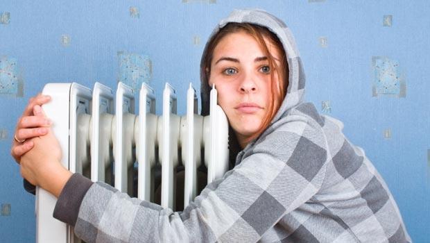 只有電暖爐還不夠!想讓房間變暖,你還要用「電風扇」