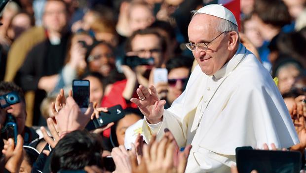 真有錢!梵蒂岡天主教廷1年淨賺35億。