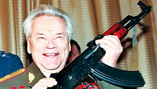 卡拉沙尼夫發明的AK-47步槍被稱為「人民之槍」,卻有半數是山寨版。