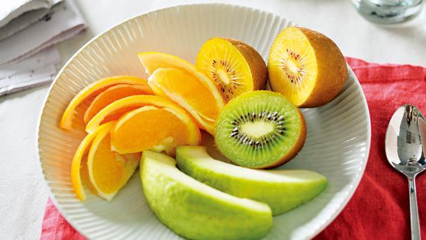水果早上吃效果最好。