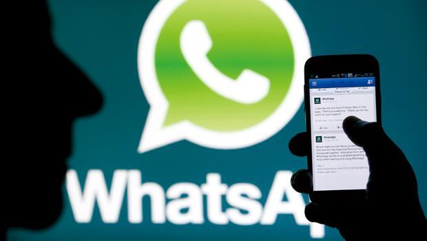 臉書趁股價高檔之際收購WhatsApp轉型,讓華爾街都按讚。