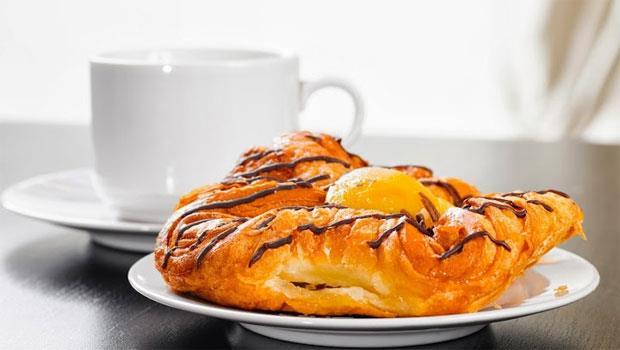鐵板麵配奶茶?4種「危險早餐」變胖又傷身