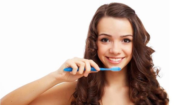 驚!日本牙醫:「飯後刷牙」讓口臭更嚴重