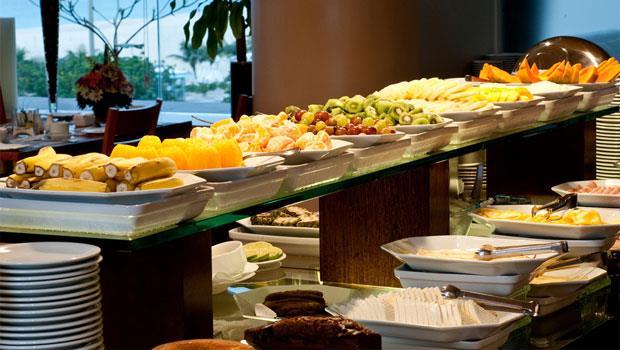 去「吃到飽」餐廳也能瘦的關鍵秘訣:太極擺盤法