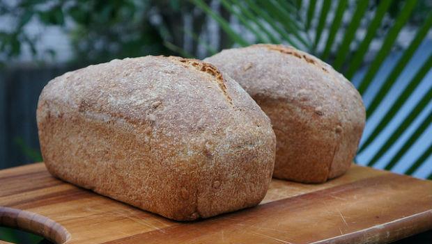 吃不完的麵包,到底要放室溫下還是放冰箱呢?
