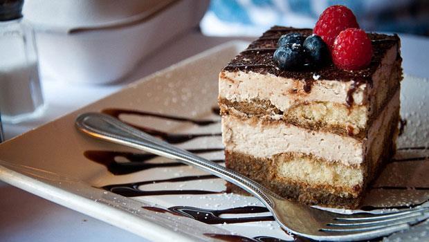 明明熱量一樣,為什麼減肥時不能只吃蛋糕不吃飯?