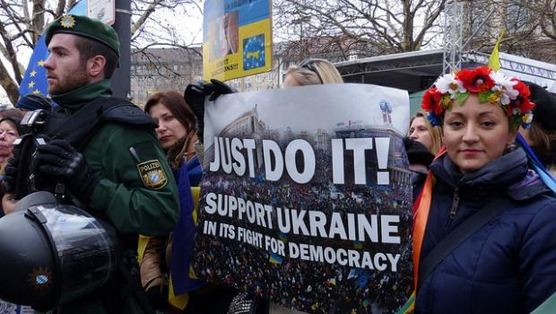 服貿他山之石》執政者!看看烏克蘭總統怎麼被趕下台