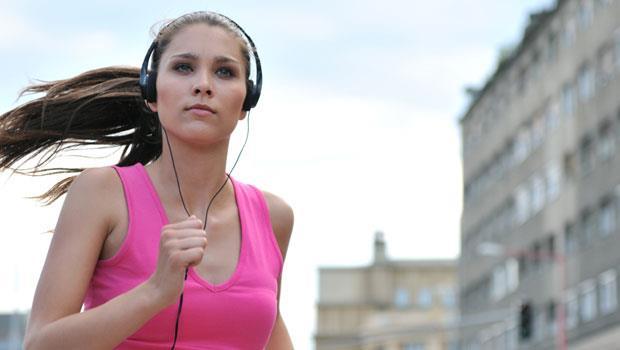 運動聽音樂更傷耳朵!3要訣遠離聽力傷害