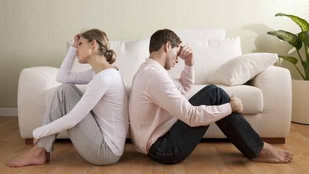 一個30歲男生的掙扎:該跟交往多年的女友結婚還是分手?