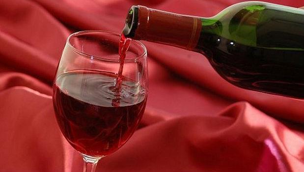 澳洲新州州長收賄一瓶名酒就辭職下台,台灣官員做的到嗎?