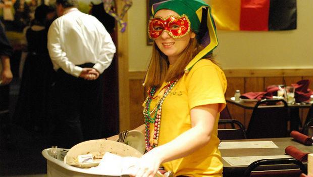 服務業神器》遇到奧客還是笑得出來的專業眼鏡