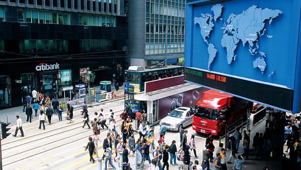 「滬港通」啟動初期雖有額度限制,但未來可能會大幅上調,資金量能可望帶動香港股市大漲。