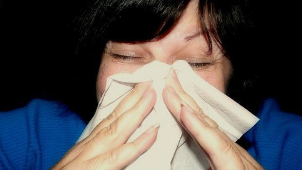 打噴嚏、眼睛癢...小心是壓力作祟