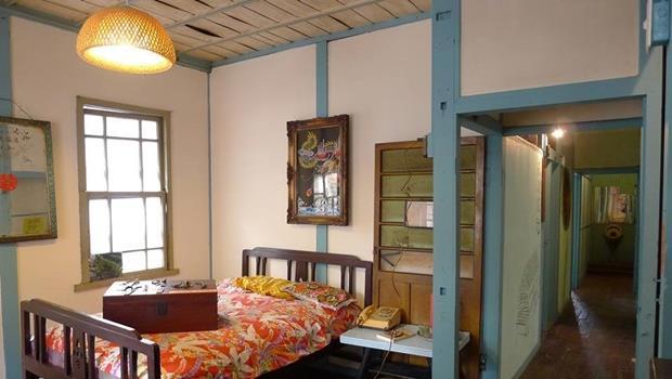 見證彰化溪州繁華 百年荒廢旅社變身「農用書店」