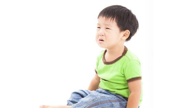 遇到小事就抓狂!孩子在公車上大聲哭鬧,該怎麼辦?