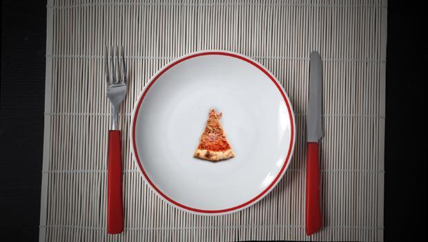 想控制食量?先換個小盤子吧!