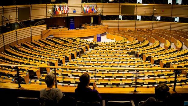 選舉將屆》歐洲議會想用政治解決經濟問題是緣木求魚