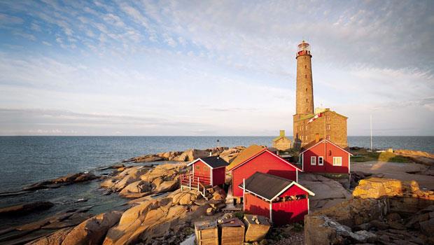 圖為北歐各國最高的燈塔,塔高52公尺,位於芬蘭的班斯克島──該國有居民的島嶼裡面最南端的一個。