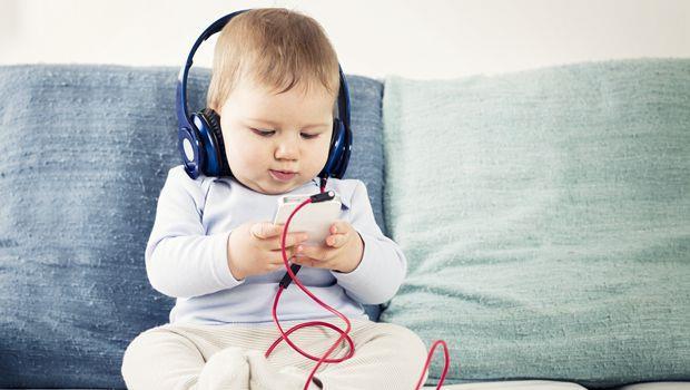 讓iPhone當「保母」陪小孩長大,絕不是件好事!