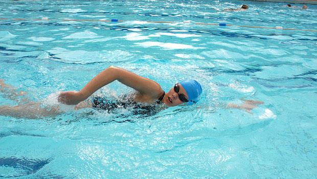 皮膚病、性病、腸胃炎...去游泳池游泳,該擔心那些傳染病?