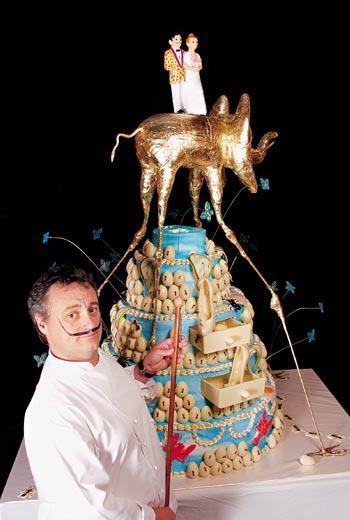 百年甜點店「Escriba」現任傳人Christian Escriba。