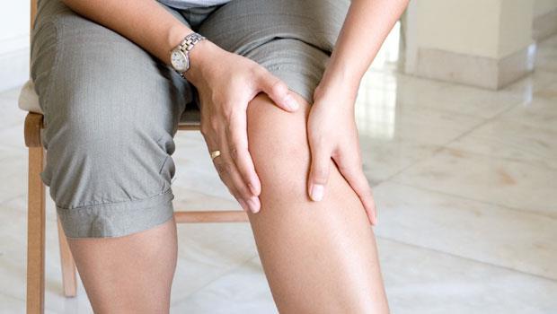 膝蓋痛更要動!3個動作,練好肌力再也不復發