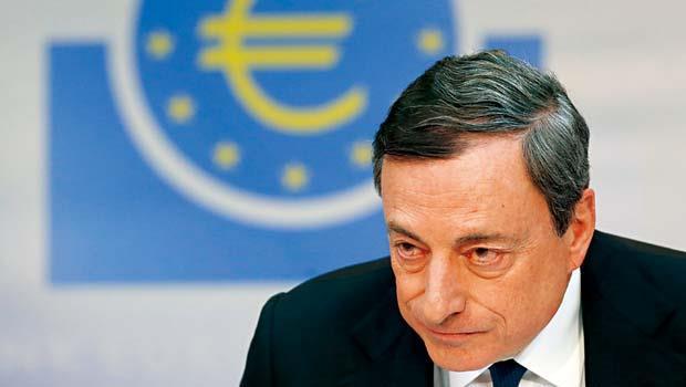 認同美國聯準會的拯救經濟模式,歐洲央行總裁德拉吉也大撒銀彈。