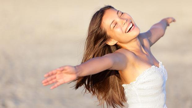 女人身體每7年變化一次,35歲後就走下坡!抗初老關鍵:別讓肚子腳踝著涼
