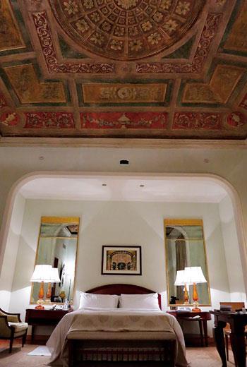 我所入住的Fresco Suite,是旅店內十分獨特的房間,也是原歷史建築體中被保留的部分。