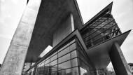 躍上國際的大師傑作  亞洲大學現代美術館