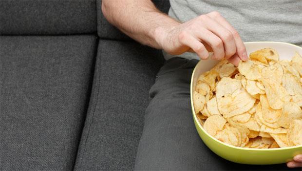 大吃大喝免驚!把握「黃金18小時」隔天三餐這樣吃,甩脂還能消水腫