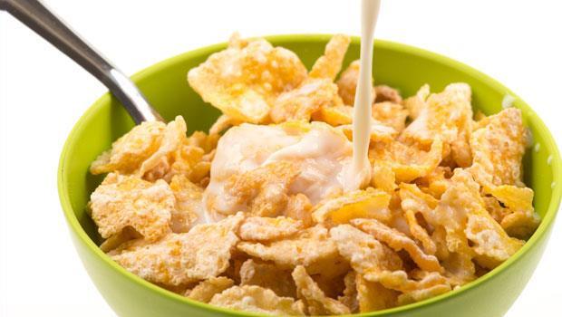 早餐吃「穀物片」好健康?當心把5大添加物也吃下肚!
