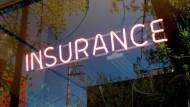 最多台灣人使用的理財工具竟是保險》有看過「買保險」就變有錢的人嗎?
