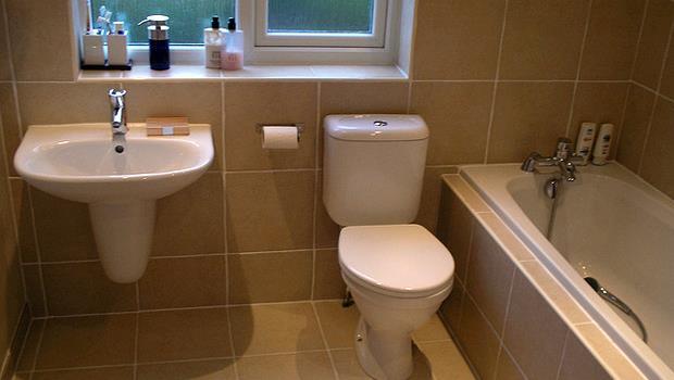 如何防止浴室發霉?洗澡後用「冷水」沖地,效果超讚!