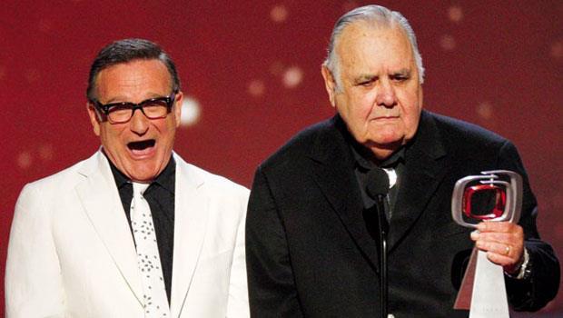 溫特斯(右)是羅賓.威廉斯(左)的導師兼偶像,是他把威廉斯帶往喜劇這條路。