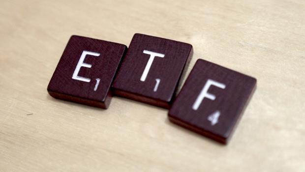 這才是真正的「投資懶人包」!不想做功課又想買股票,就買ETF