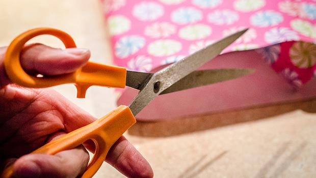 剪刀不利怎麼辦?只要一招,保證跟新的一樣!